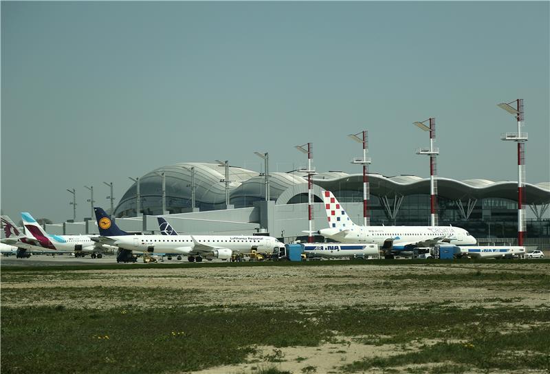 Zrakoplovne Aviokompanije žale Se Na Novu Zračnu Luku U