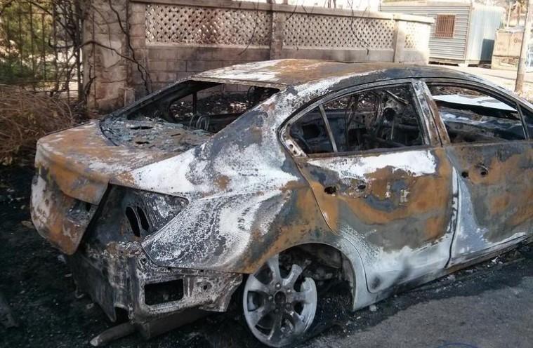 U Zagrebu Noćas Gorio Automobil, Vatra Se Proširila Na Dva